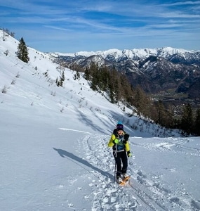 Yvonne Marzinke auf Schneeschuhtour auf der Katrin