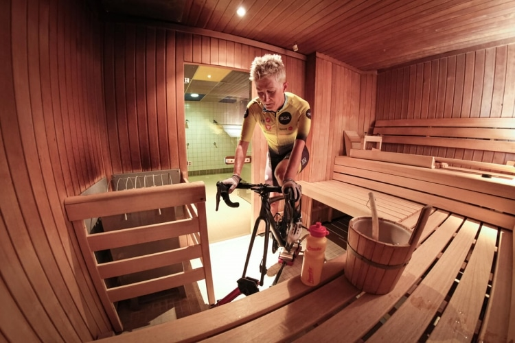 Training von Yvonne Marzinke in der Sauna
