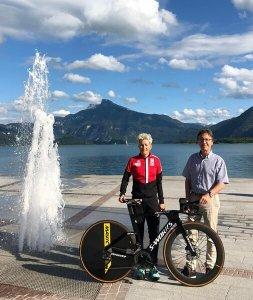 Yvonne Marzinke mit Bürgermeister Wendtner, Mondsee